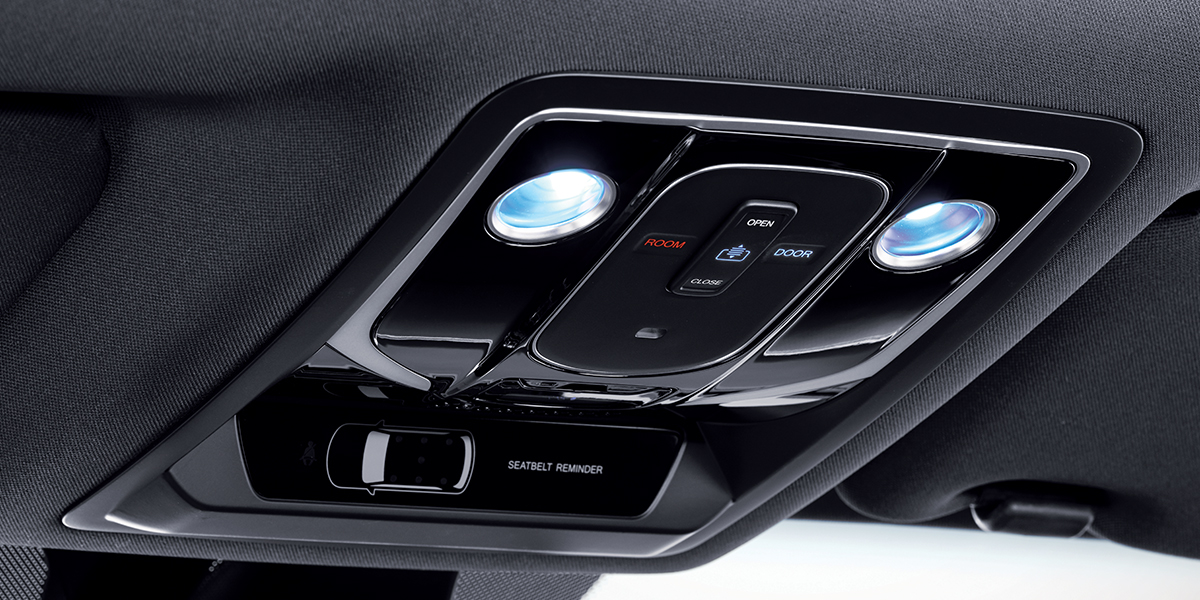 rexton - New overhead console with touch sensitive controls